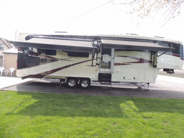 2011 Carriage Royal International 36XTRM5