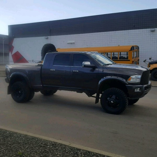 2016 Dodge Ram 3500 Limited Dually