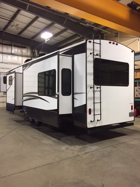 2017 Evergreen Texan 374REBH